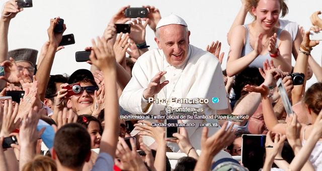 """""""Anunciar a Cristo en el continente digital"""""""