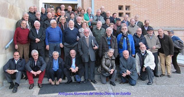 60 Exalumnos celebran los 70 años del colegio Verbo Divino de Estella