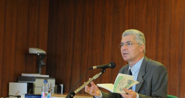 P. José Antunes, Doutor em Teologia Sistemática