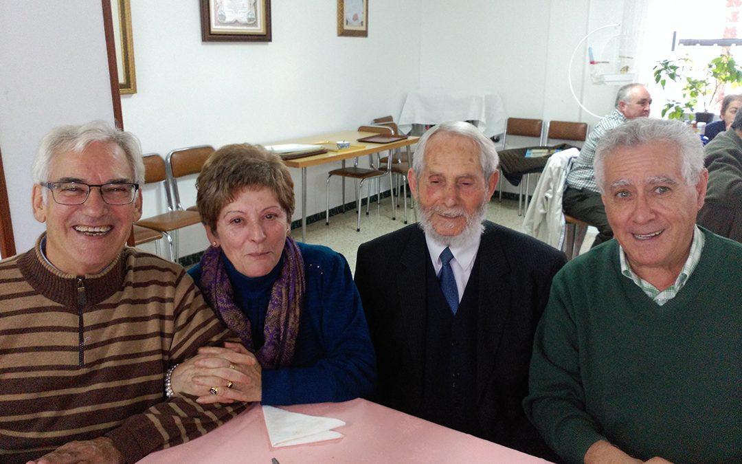 Exalumnos del Verbo Divino celebran su encuentro anual en La Bañeza