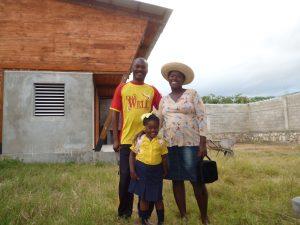 JamesMarcel, Yvette y Deborah