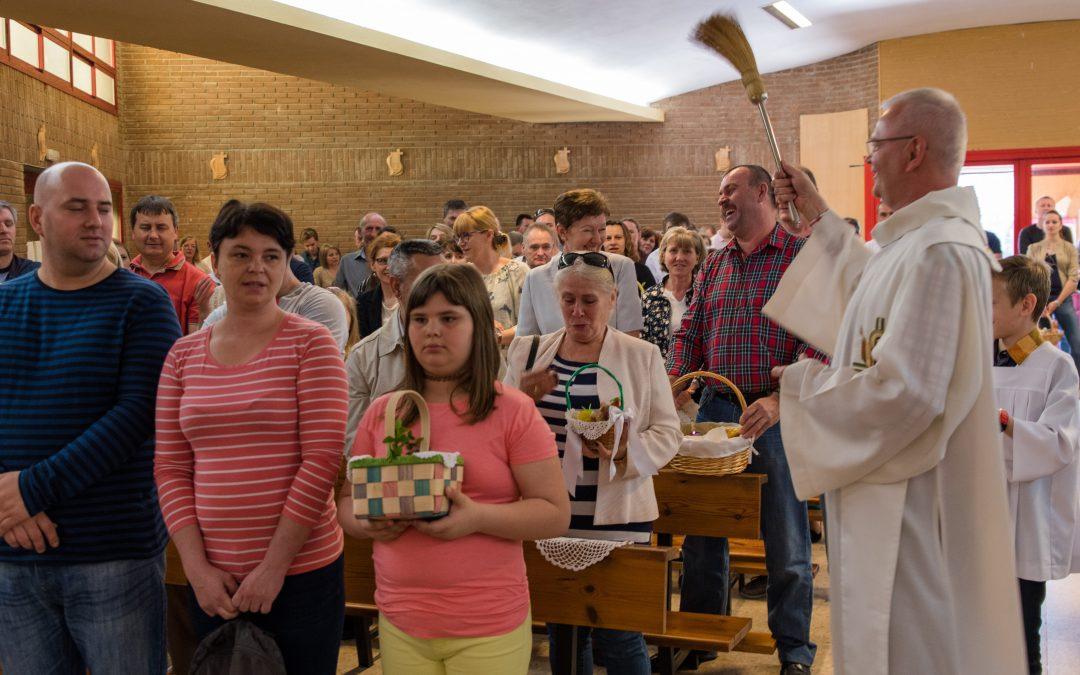 Pascua radiante en la Capellanía Polaca de Madrid, con Mirek SVD + Quiero Ver