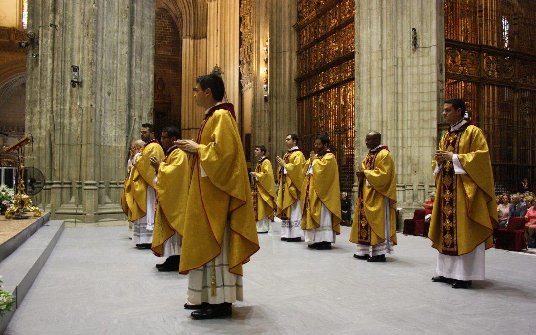 Cyriaque, muchas gracias por estas excelentes fotos complementarias de tu ordenación