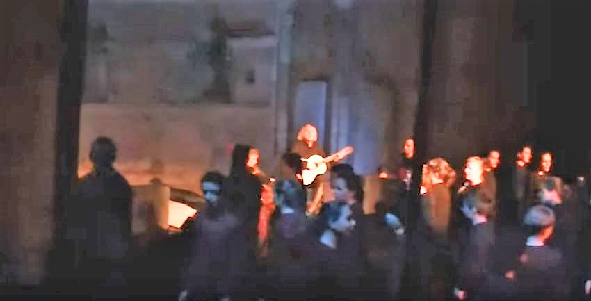 Mesa Canción de Navidad Intercultural en SVD-ALCORCÓN