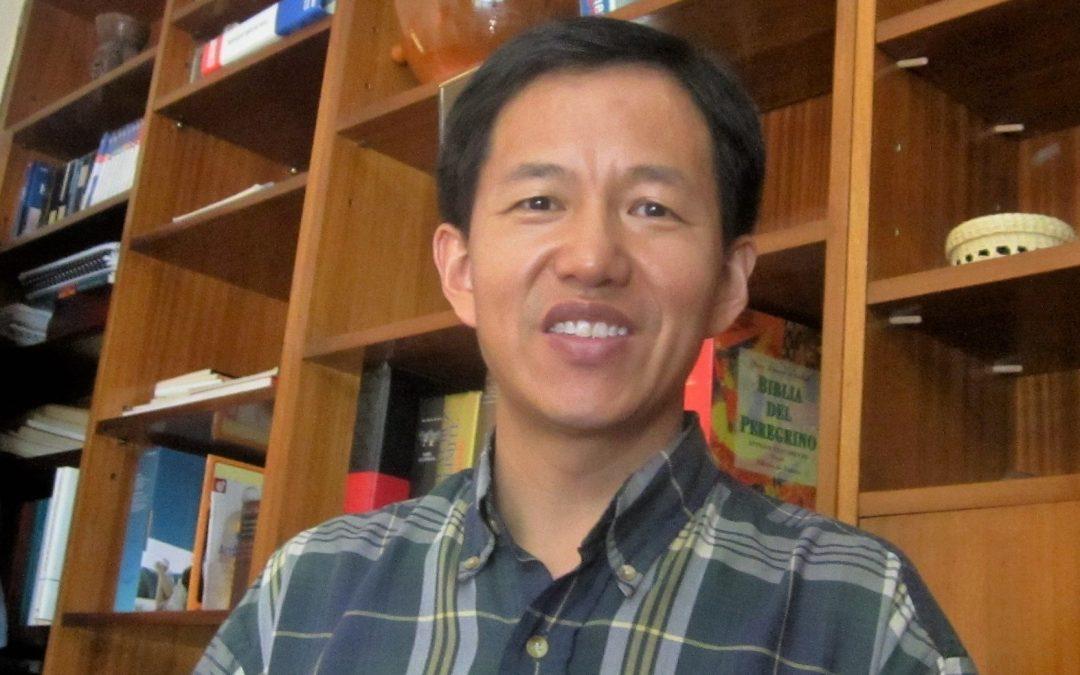 Pablo, misionero SVD, vicario parroquial en Usera, chino. Esto en absoluto es publicidad