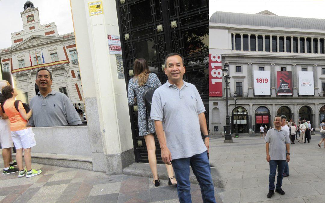 Trong Joseph Nguyen, ante una academia de Español… en Ópera… en la Puerta del Sol… ya cenado en CdM19